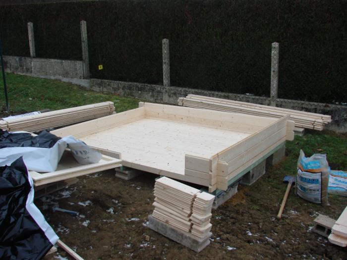 plancher cabane de jardin